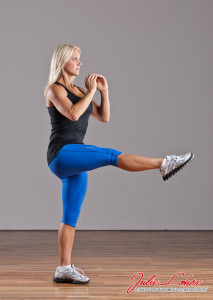 Single-Straight-Leg-Squat-2-Julie-Lohre